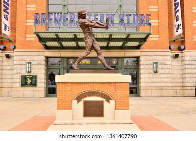 Milwaukee, Wisconsin / USA - April 6, 2019: Robin Yount bronze statue in front of the Brewers Team Store at Miller Park.