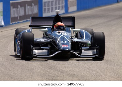Milwaukee Wisconsin, USA - August 16, 2014: Verizon Indycar Series Indyfest ABC 250 Qualifying session action. Jack Hawksworth (R) Bradford, England Charter Communications Honda BHA/BBM Curb Agajanian