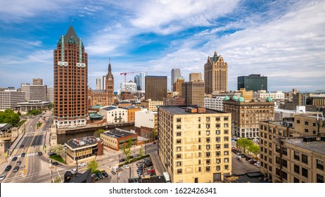 Milwaukee, Wisconsin, USA downtown skyline in the afternoon.