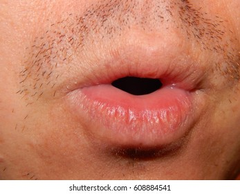 Mimicry of the human mouth with objects