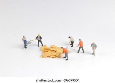 the Min worker are working with chips at board