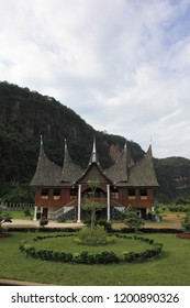 Minang Kabau traditional house in the Harau Valley tour