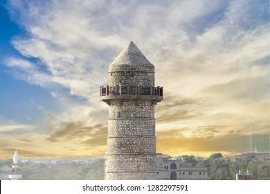 Minarett der renovierten Abdiaziz-Moschee in Mogadischu, Somalia