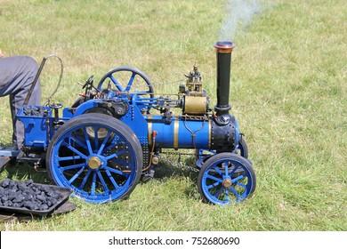 Minature Steam traction engine