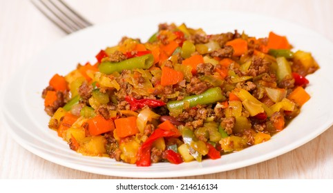 minced meat with mixed vegetables