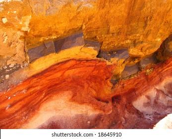 Mineral streak