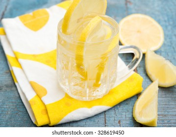 mineral water with lemon