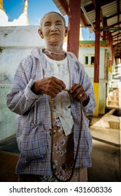 MINGUN-MARCH 24 :woman posing near a temple on March 24, 2015 in Mingun, Myanmar