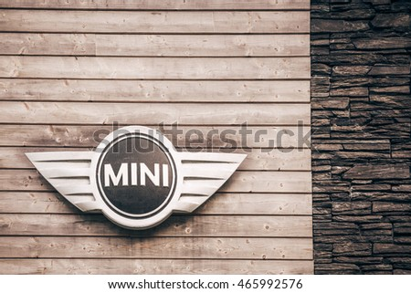 Mini Bull Bar Club Pec Pod Stock Photo Edit Now 465992576