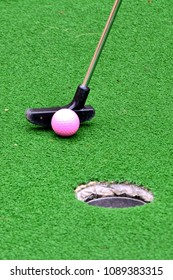 Mini golf competition
