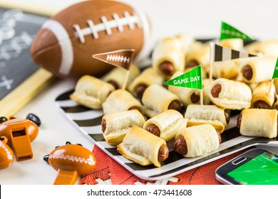 Mini Pigs In A Blanket for football game party.