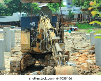 mini size of excavator