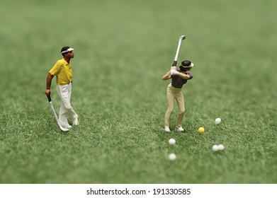 Miniature golfer