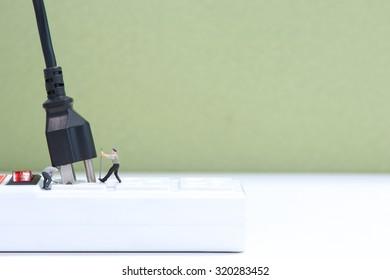 Miniature People are unplugging.
