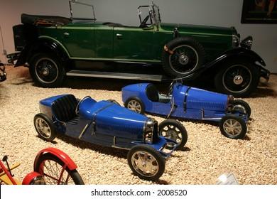 miniature racers