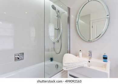 minimal clean bathroom