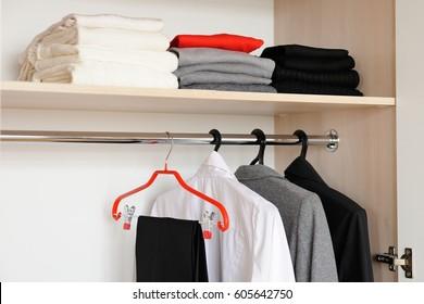 minimalism, materialiastic, no hoarding, spirituality, conscious living