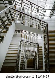 MInimalis Stairs in Uad University