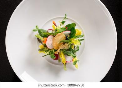 minimalist chefs salad