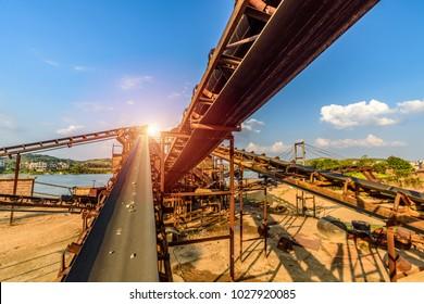 Mining belt, dredging belt