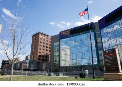 MINNEAPOLIS, MINNESOTA / USA - APRIL 17, 2016: University of Minnesota Medical Center, Masonic Children's Hospital buildings