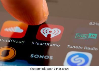Iheartradio Images, Stock Photos & Vectors | Shutterstock