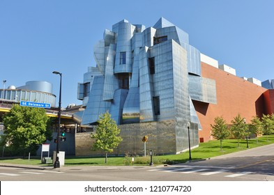 MINNEAPOLIS, MN -15 SEP 2018- View of the Frederick R. Weisman Art Museum, designed by architect Frank Gehry, located on the University of Minnesota campus in Minneapolis.