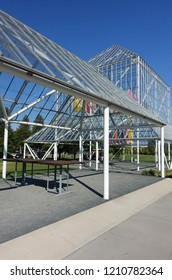 MINNEAPOLIS, MN -15 SEP 2018- View of the Walker Art Center, a multidisciplinary contemporary art center and sculpture garden located in the Lowry Hill neighborhood of Minneapolis, Minnesota.