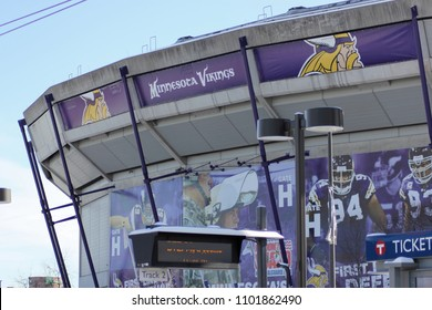 Minneapolis, MN - January 15, 2011: The exterior of the Hubert H. Humphrey Metrodome in Winter.