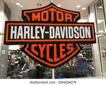 Minneapolis, MN/USA- March 7th, 2018: Exterior shot of a Harley-Davidson motorcycle store at a mall in Minnesota.
