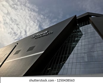 Minneapolis, MN/USA. October 12th,  2017. A shot looking up at US Bank Stadium in downtown Minneapolis, where the Minnesota Vikings play.