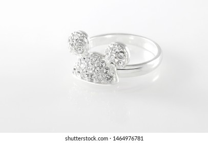 minnie mouse ring for photo