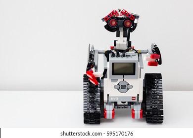 Lego Mindstorms Ev3 Images Stock Photos Vectors Shutterstock