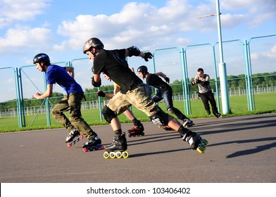 MINSK,BELARUS - MAY 19:Unidentified sportsmen competes in Bleyder Cross during School Roller Cup 2012 - Stage 1 (FSK) on May 19, 2012 in Minsk, Belarus.