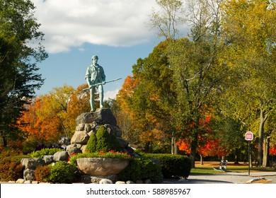Minuteman Statue & Battle Green in the autumn.