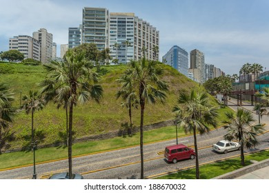 MIRAFLORES, LIMA, PERU: View of the skyline and street in miraflores