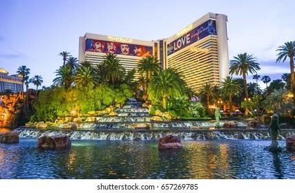 The Mirage Las Vegas in the evening - LAS VEGAS / NEVADA - APRIL 23, 2017