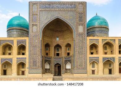 Mir-i Arab Madrasah entrance, Historic centre of Bukhara, Uzbekistan (UNESCO World Heritage)