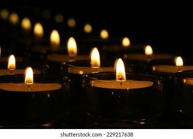 Mirrored Tea Light Candles