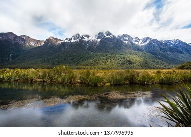 Mirrow Lakes between Te Anau and Milford Sound in New Zealand