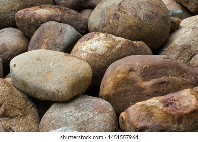 Miscellaneous big rocks close up