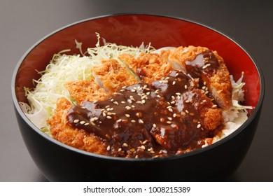miso katsudon, miso sauce Deep-fried Pork Cutlet