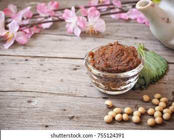 Miso paste with soy beans