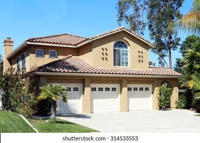 MISSION VIEJO, CA-AUGUST, 2015:  Executive home in an Orange County, California planned community.