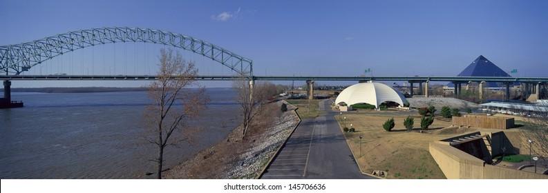Mississippi River with Hernando de Soto Bridge and Pyramid Arena in Memphis, TN