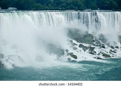 Mist and the rocks in Niagara Falls