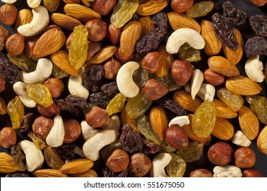 mix of dry nuts and fruits