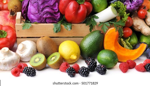 Mix of fresh vegetables, berry and fruit