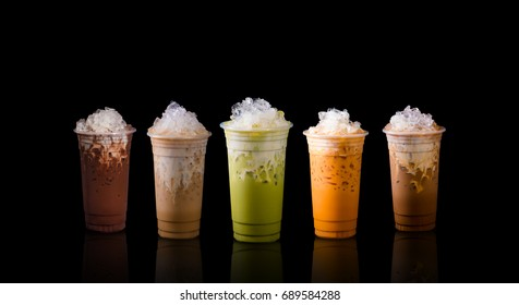Mix ice beverage ex.green tea,cocoa,coffee,thai tea and ice chocolate.