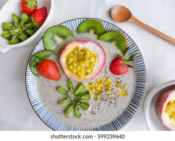 A mix of tropical and imported fruits, frozen and blended into a thick and delicious drink. White Pitaya Smoothie Bowl, Healthy and full of goodness, good for hot and sunny day